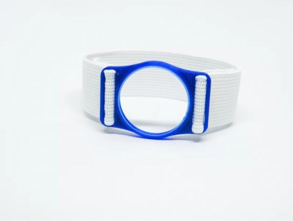 Diabeters sensorhouder neon blauw